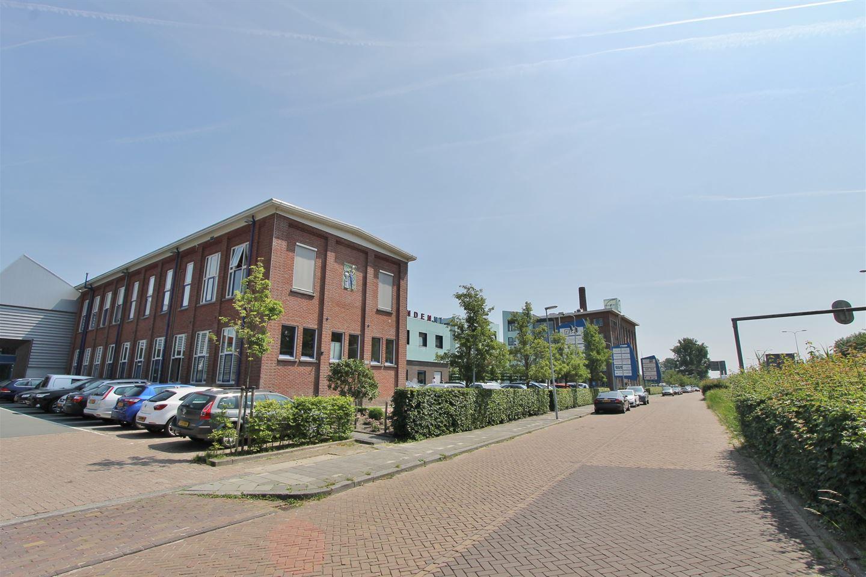 Bekijk foto 1 van Friesestraatweg 219