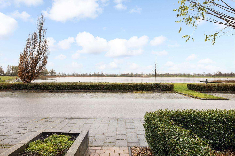 Bekijk foto 2 van Johan Dijkstralaan 43
