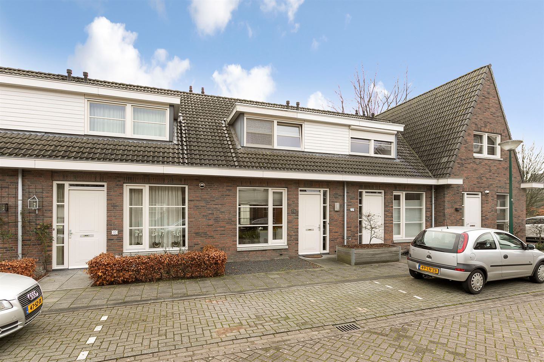 Bekijk foto 1 van Piet van Astenstraat 16
