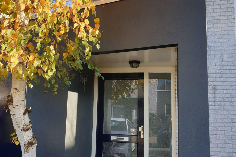 Bekijk foto 2 van P. Oosterleestraat 25