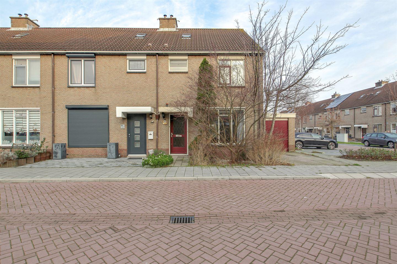 Bekijk foto 2 van Abbenbroekstraat 18