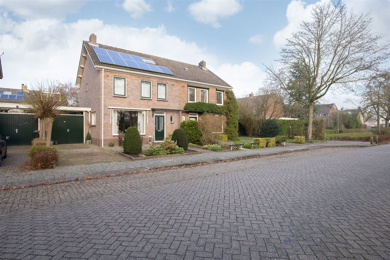 View photo 3 of Prins Willem-Alexanderlaan 16