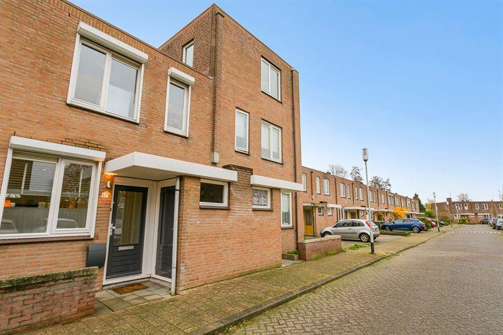 Johanna Ufkesstraat 57