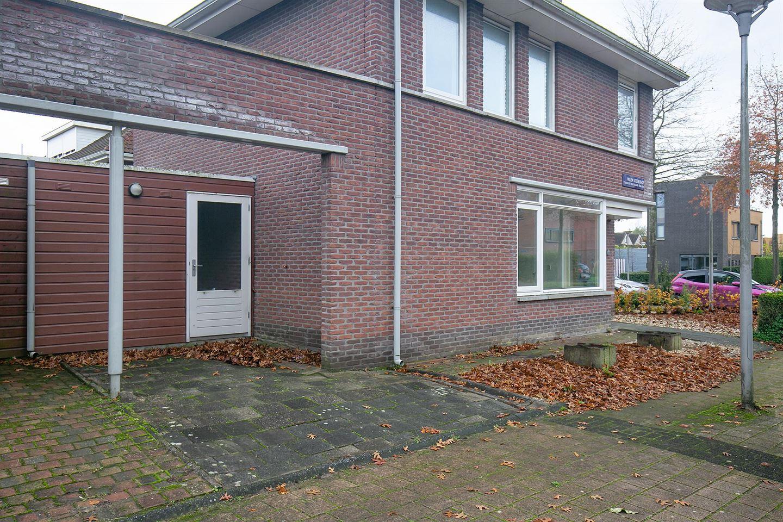 Bekijk foto 2 van Willem Lodewijkhof 38