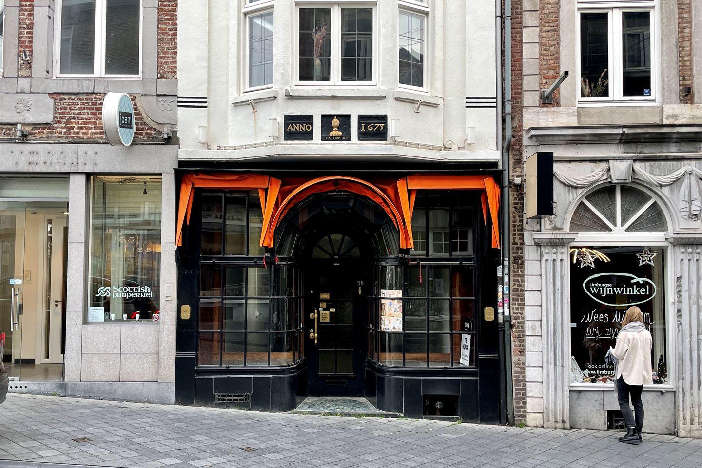 Bekijk foto 1 van Wycker Brugstraat 58