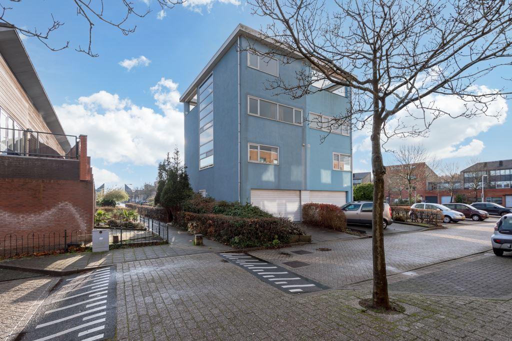 Bekijk foto 2 van Han Hoekstrahof 122