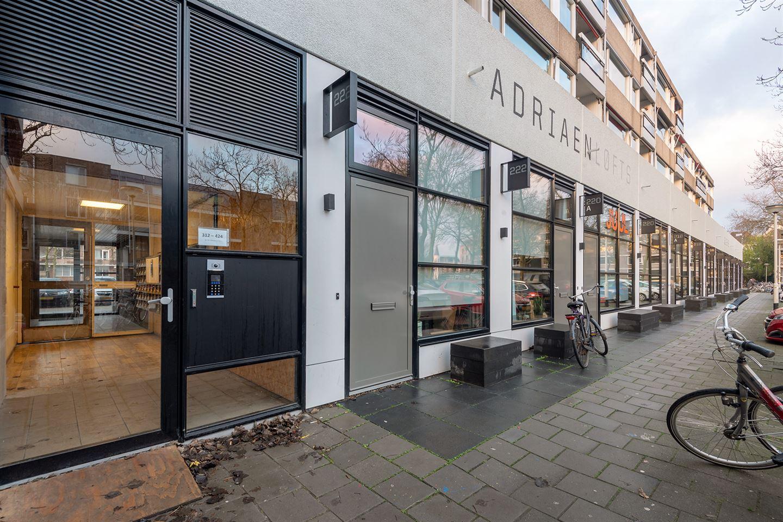 Bekijk foto 2 van Adriaan van Bergenstraat 410