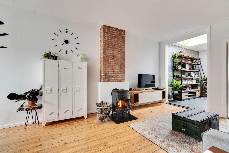 Bekijk foto 4 van Van der Helststraat 34