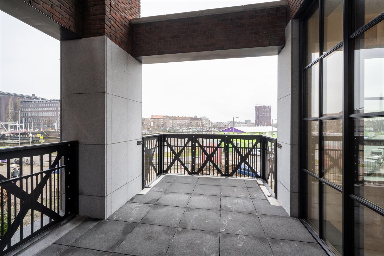 Bekijk foto 4 van Abraham Tuschinskistraat 8