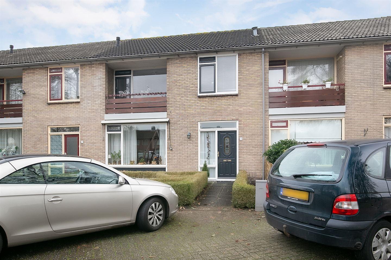 Bekijk foto 1 van van Giffenstraat 9