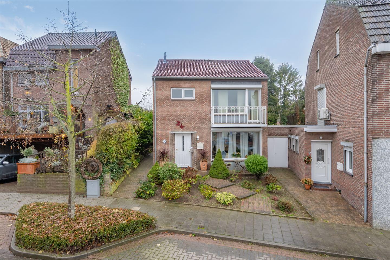 Bekijk foto 1 van Eygelshovenerweg 8 A