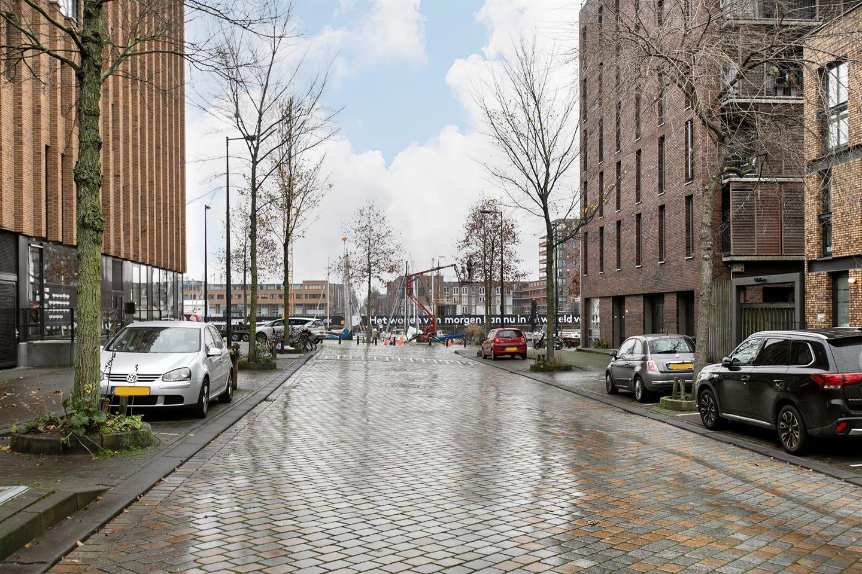 Bekijk foto 5 van Pieter Oosterhuisstraat 58