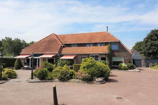 Bekijk foto 2 van Coevorderstraatweg 8