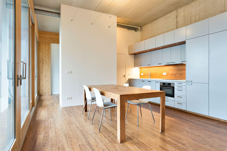 Bekijk foto 4 van Johan van Hasseltkade 222