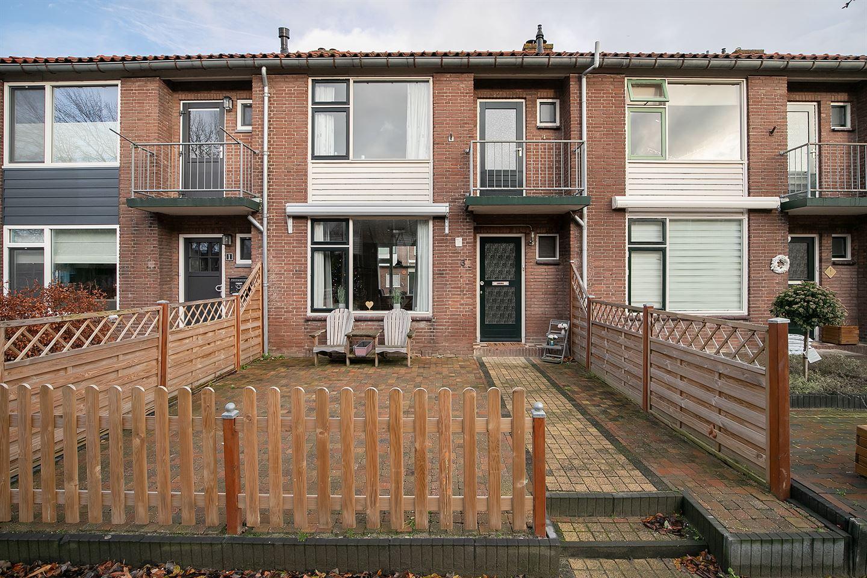 Bekijk foto 1 van van Ruysdaelstraat 3