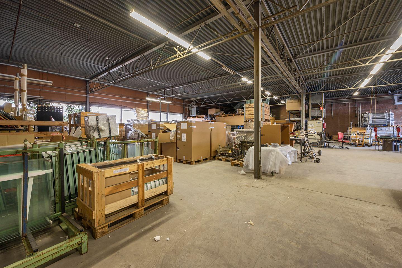 Bekijk foto 2 van 3e industrieweg 5 Links