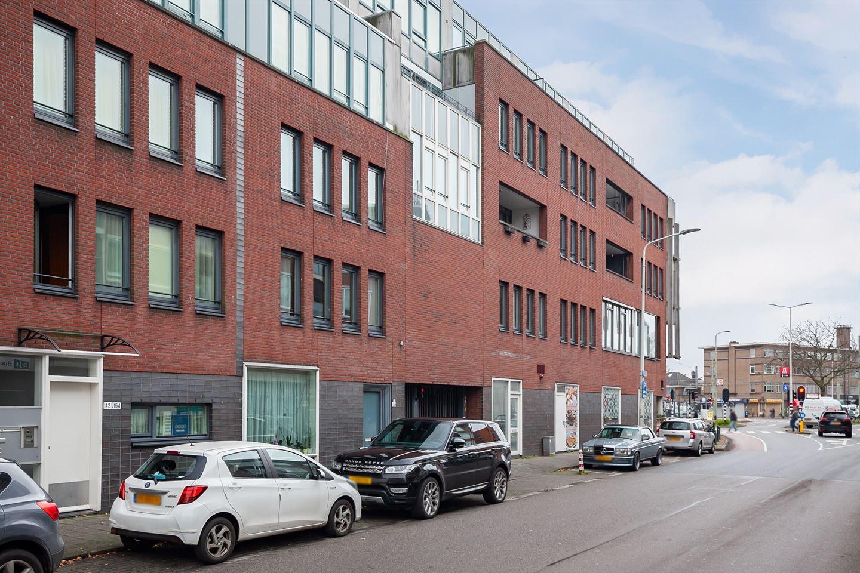 Bekijk foto 1 van Hobbemastraat 295