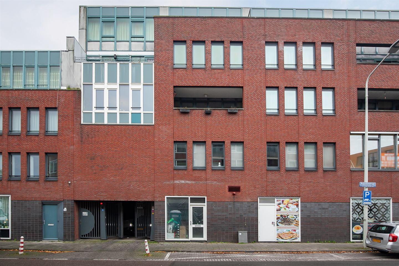 Bekijk foto 2 van Hobbemastraat 295