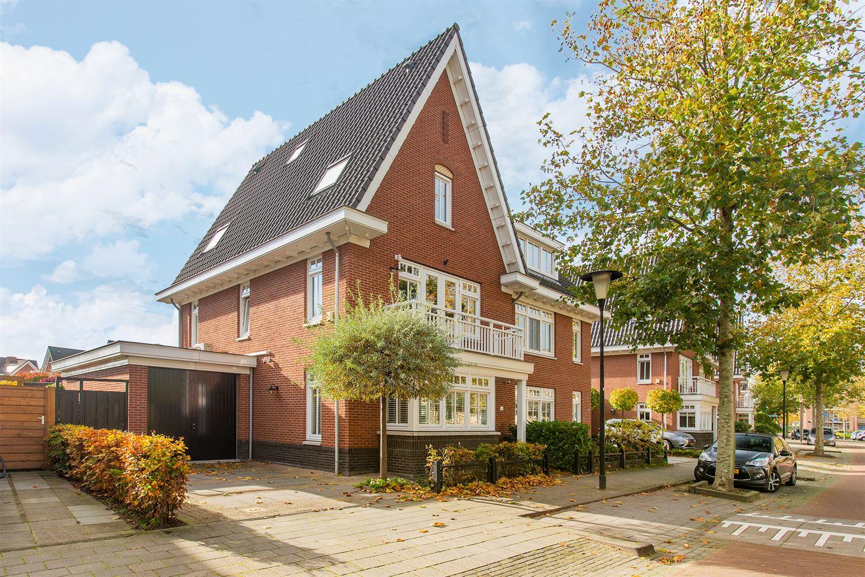 Bekijk foto 1 van Vrijenburglaan 26