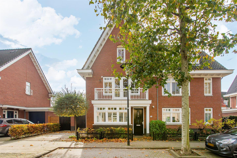 Bekijk foto 2 van Vrijenburglaan 26