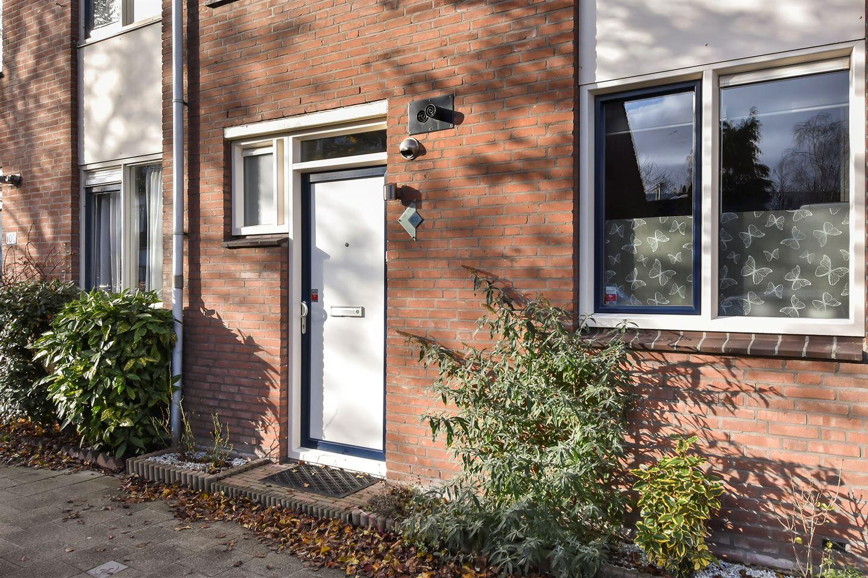 Bekijk foto 2 van Claude Debussystraat 102