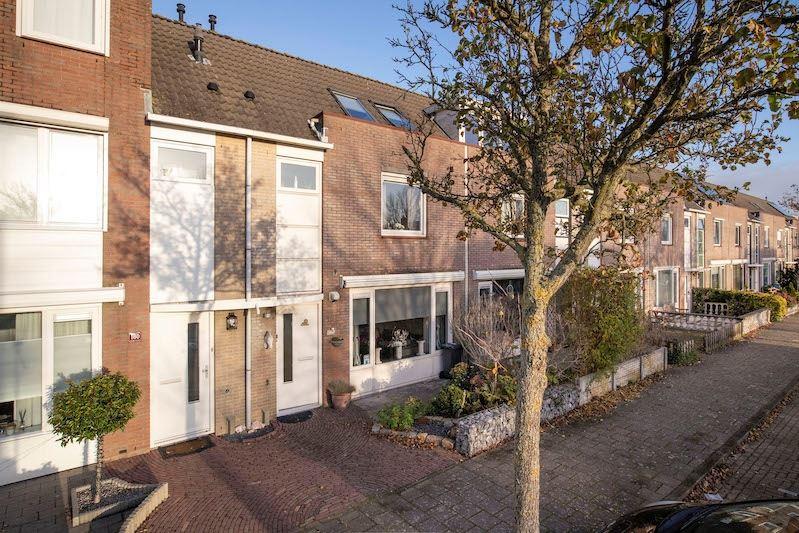Bekijk foto 1 van Schoonenburgsingel 162