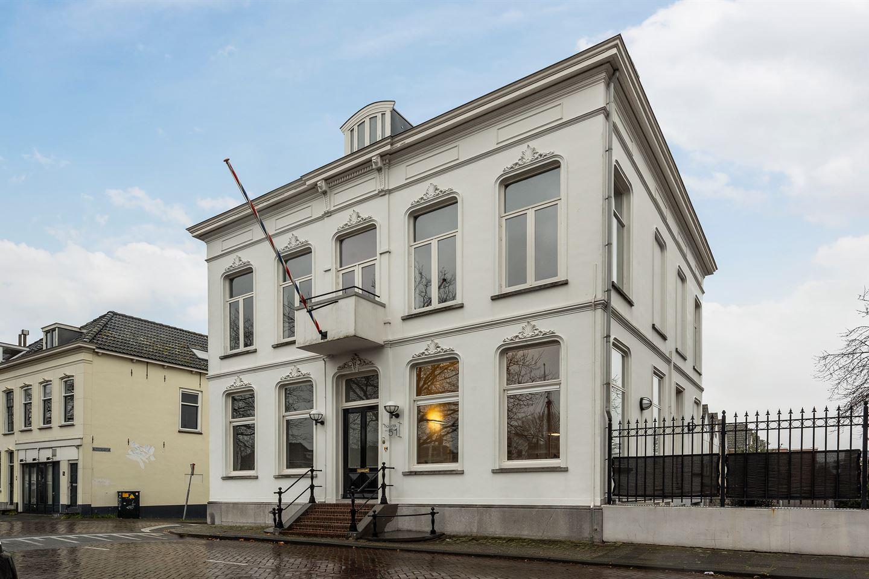 Bekijk foto 2 van Oosthavenkade 51