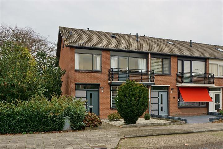 Van Breestraat 57