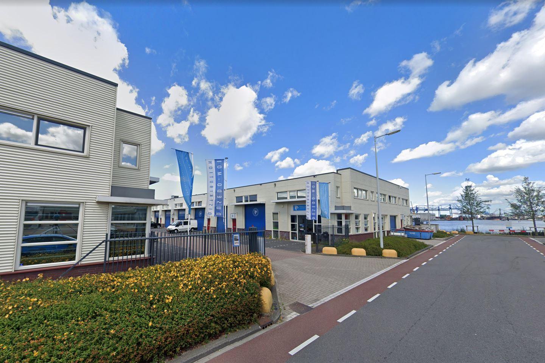 Bekijk foto 1 van Moezelhavenweg 47