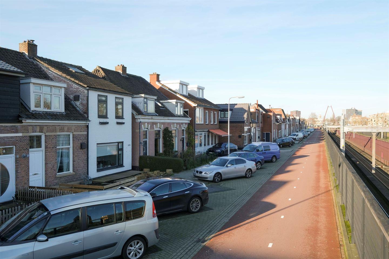 Bekijk foto 2 van Ambtstraat 101