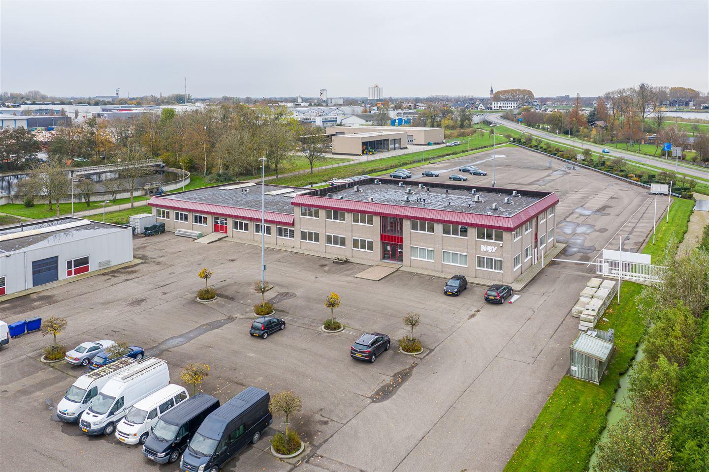Bekijk foto 2 van Wilgenweg 8