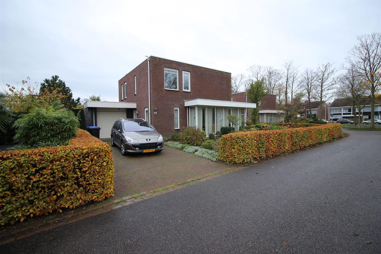 Bekijk foto 4 van Vijverhof 27
