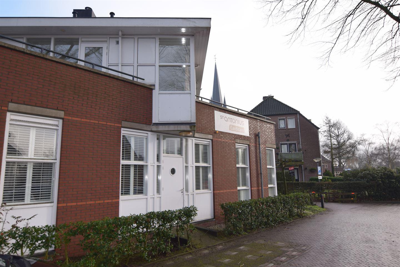 Bekijk foto 2 van Kloosterhof 2