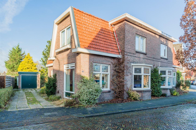 Bekijk foto 1 van Oosterhoutstraat 72