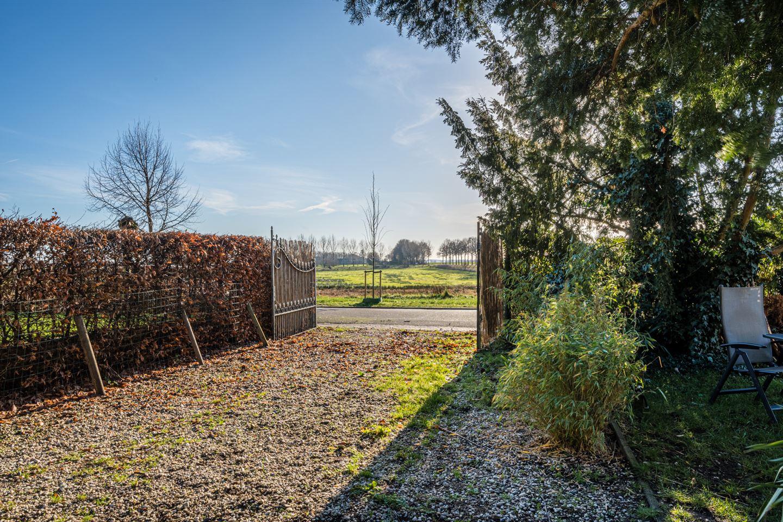 Bekijk foto 3 van Aijenseweg 1 c
