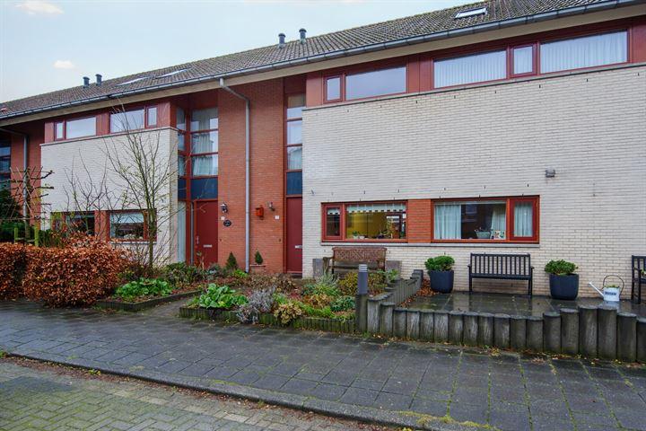 Oldenallerhout 17