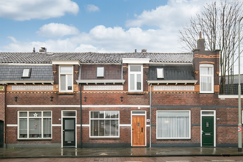Bekijk foto 1 van Molenstraat 46
