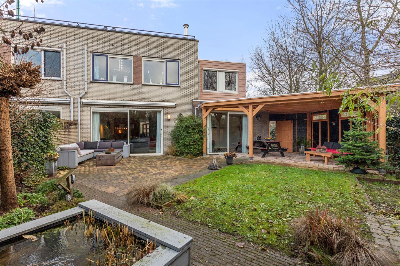 Bekijk foto 2 van Leonard Roggeveenstraat 9