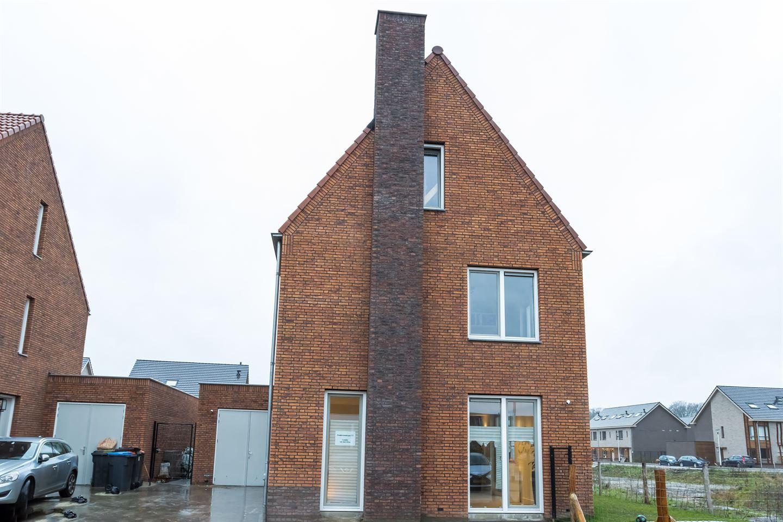 Bekijk foto 2 van Zenderenstraat 77