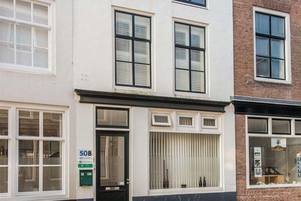View photo 2 of Vlissingsestraat 50