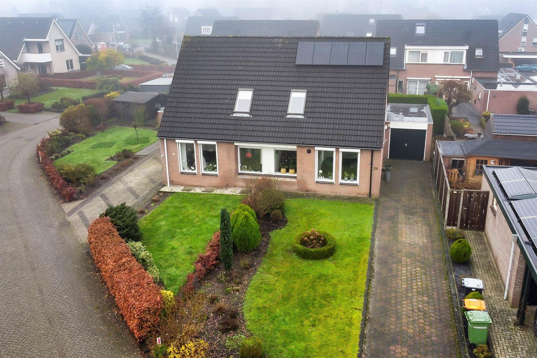 Bekijk foto 1 van Van Ekelenburgstraat 26