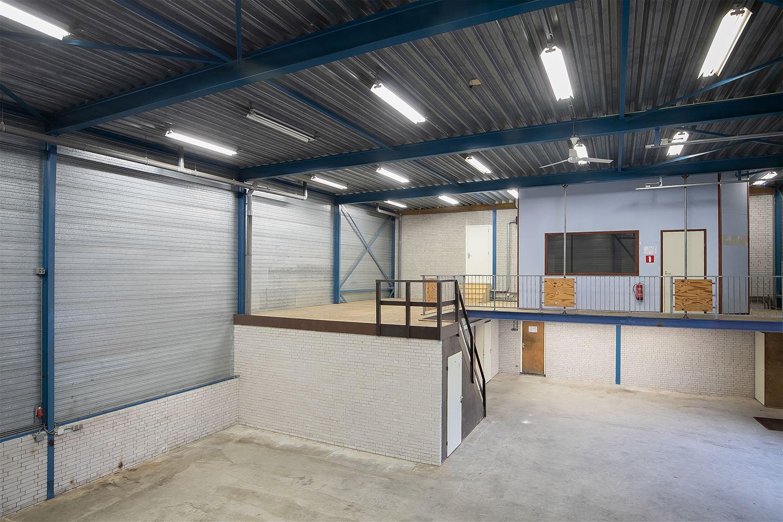 View photo 2 of Randweg 12