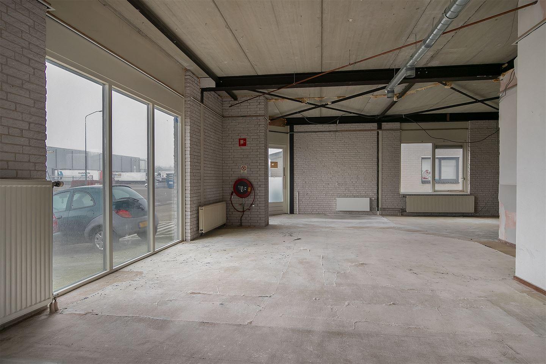 View photo 4 of Randweg 12