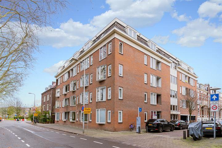 M.A. de Ruyterstraat 46