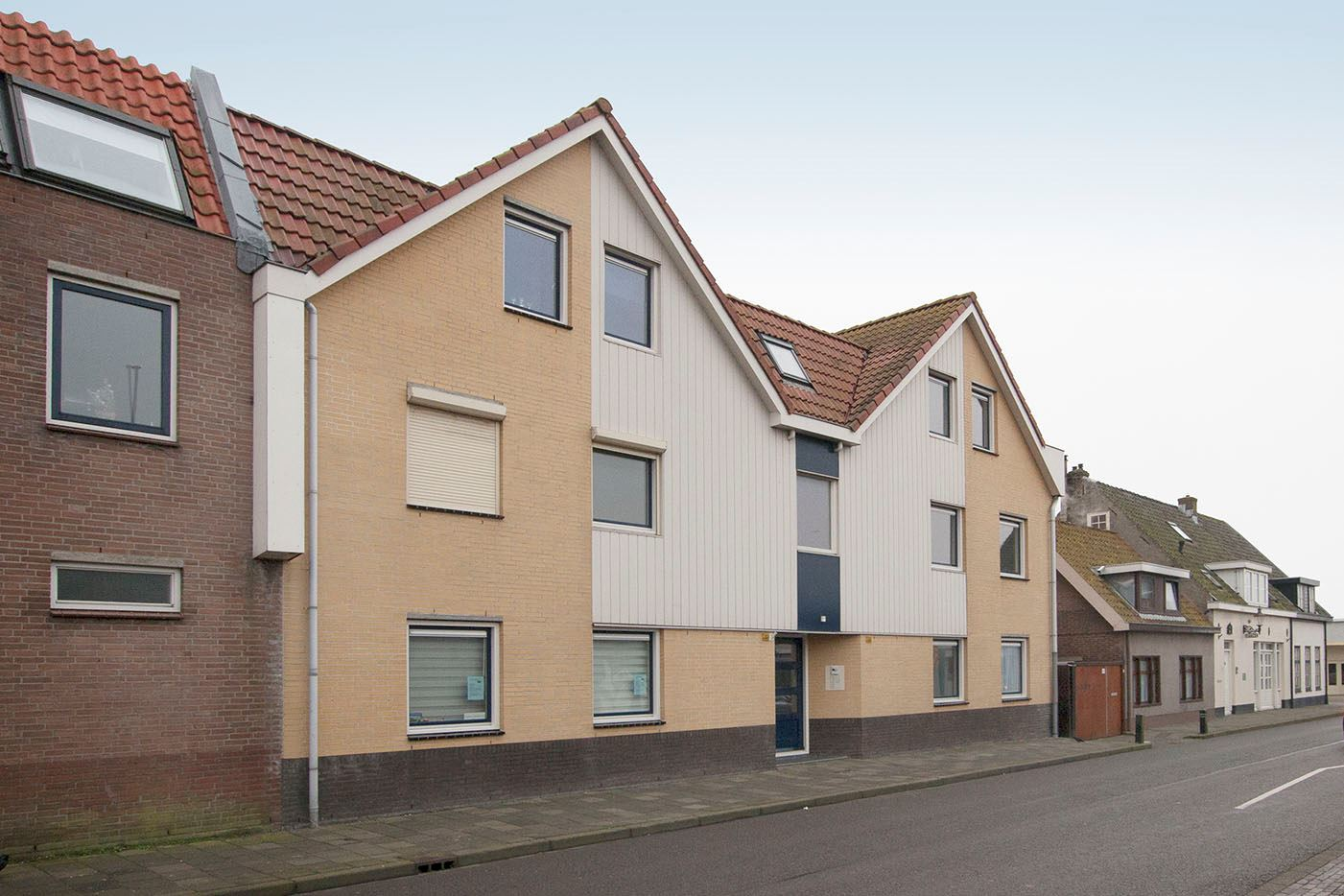 Bekijk foto 1 van Voorstraat 61 A