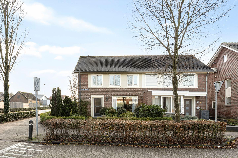 Bekijk foto 1 van Hertog Janstraat 1