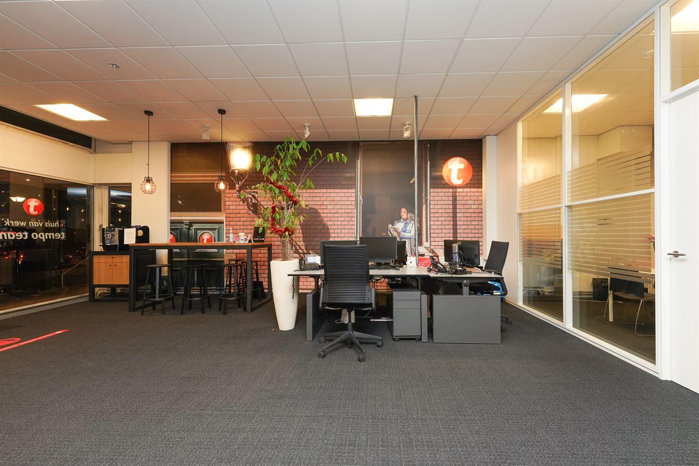 Bekijk foto 3 van Burg. Hustinxstraat 70-72