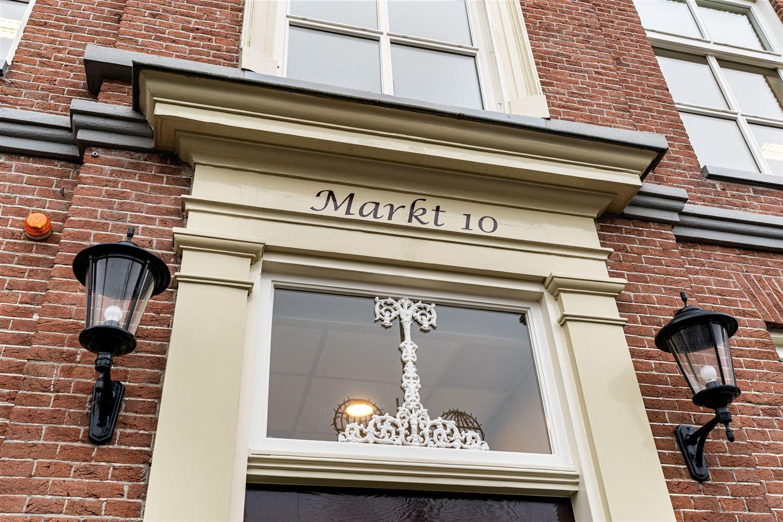 Bekijk foto 2 van Markt 10
