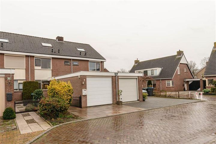 Mr. R.J. van Beekhoffstraat 4
