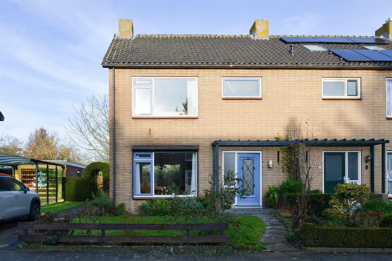Bekijk foto 2 van Voorburgstraat 9
